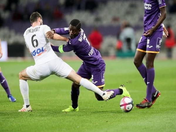 nhan-dinh-soi-keo-toulouse-vs-amiens-2h45-ngay-3-11