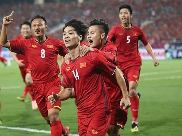 Bóng đá Việt Nam 11/12: ĐT Việt Nam lập kỷ lục trên BXH FIFA trong 20 năm