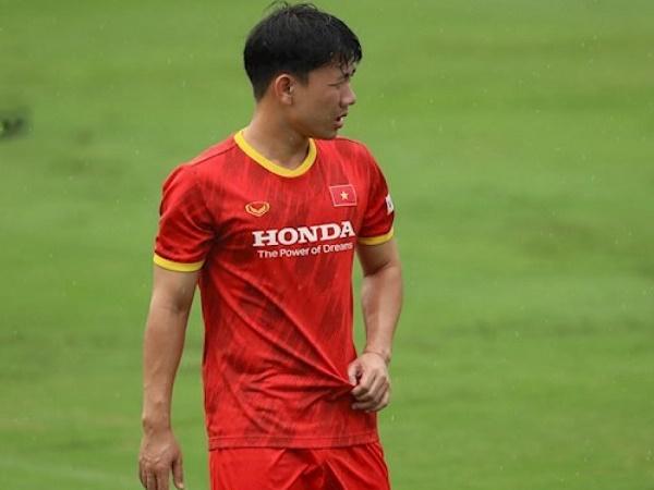 Bóng đá Việt Nam 21/5: Minh Vương vẫn không chắc có vé đi UAE
